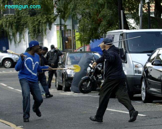 觉醒后的在美华人拿起武装 - 流浪枪手 - 流浪枪手的驿站